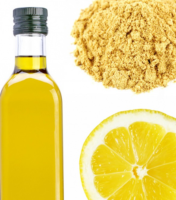 Grated ginger, lemon and oil dandruff