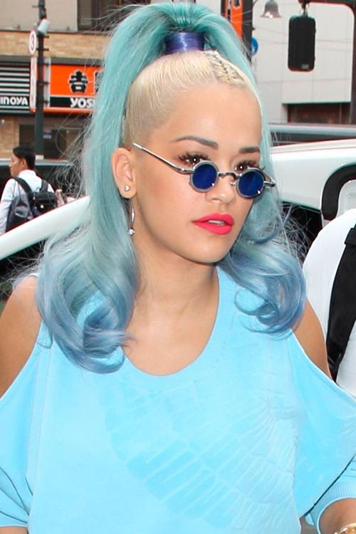 RitaOra_Dip_Dye_Hair_Ideas_1