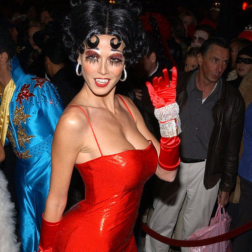 Sexy-Celebrity-Halloween-Costumes-Pictures